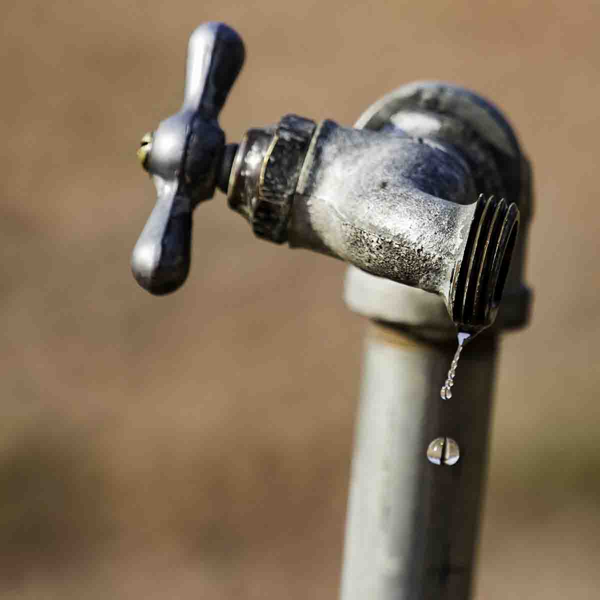 How To Keep Outside Faucet From Freezing